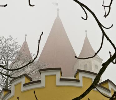 Hofgarten mit Schlossturm dahinter, Foto: Günster